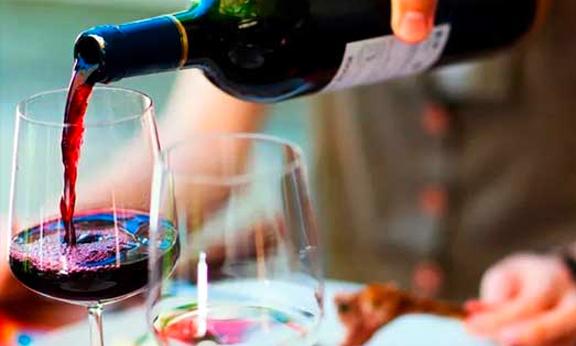 Gazeta do Povo | Vinho ajuda a prevenir problemas de coração, e a uva colabora na dieta
