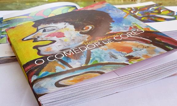 """Lançamento do livro """"O Comedor de Cores"""", do professor Helio Vannucchi"""